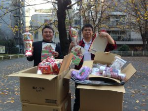 漫画家魂代表、のなかみのる先生より、東京から岩手県陸前高田市、大船渡市の子ども達へ届けるプレゼントをご提供いただきました。